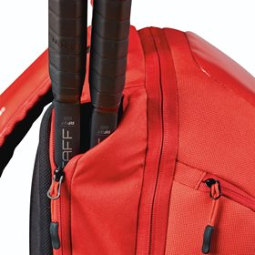 WRZ840896_Super_Tour_Backpack_Racquet_Pocket_Detail_0822